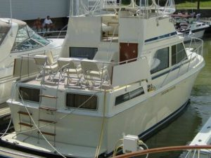 1987 Chris Craft Catalina 362 DC
